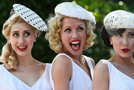http://www.doitinlondon.com/files/2016/FASHION_BEAUTY/ladies-ascot-hats.jpg